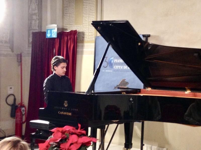 Guarda questa foto sull'evento 32° Concorso Pianistico Internazionale a Albenga